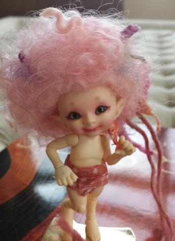 """3.5"""" Pink wool poof"""