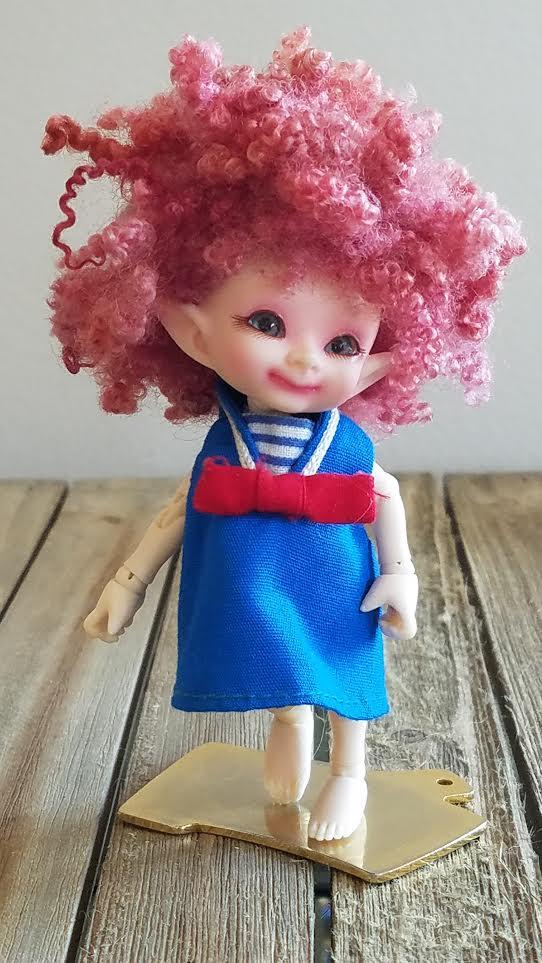 """3.5"""" Tiny wool ringlet wig"""